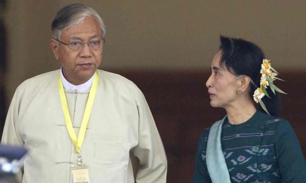 Htin Kyaw e  Aung San Suu Kyi. Photograph: Aung Shine Oo/AP