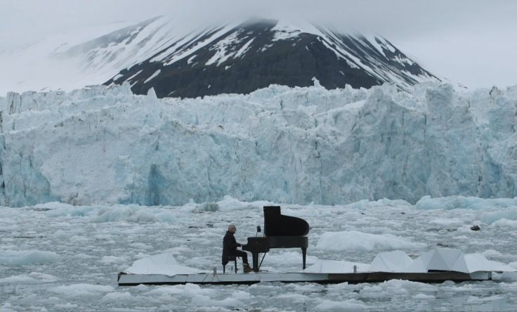 greenpeace-piano-performance-artic